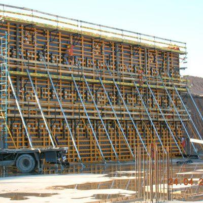 Aplicación del encofrado de muro ORMA en la Papelera Montes del Plata, Botnia, Uruguay